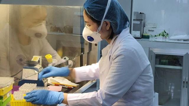 Kết quả xét nghiệm chuyên gia Hàn Quốc nghi mắc COVID-19 sau khi rời TPHCM - Ảnh 1.