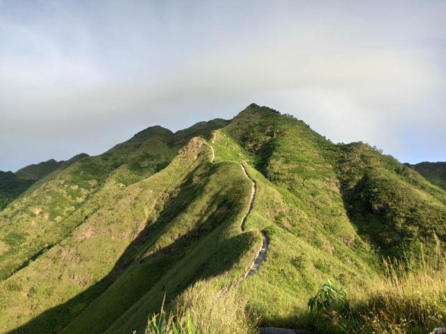 Cách Hà Nội chỉ 270 km, có một chốn núi rừng mang tên Bình Liêu dành cho người bận rộn: Cũng có ruộng bậc thang và đồng cỏ lau đẹp chẳng kém Hà Giang - Ảnh 4.