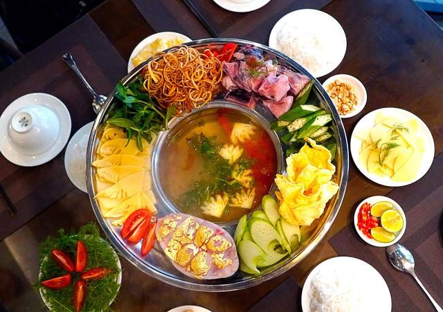 Những món ăn dát vàng có thể mua ở Việt Nam, giá chỉ khoảng 1 triệu đồng/món - Ảnh 2.