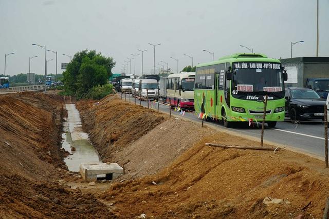 Cận cảnh công trình kết nối vành đai 3 với cao tốc Hà Nội - Hải Phòng - Ảnh 10.