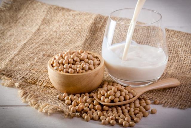 Sữa bò, sữa đậu nành, sữa yến mạch, sữa gạo - loại nào tốt nhất: Chuyên gia dinh dưỡng Úc trả lời - Ảnh 3.