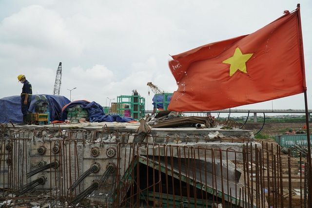 Cận cảnh công trình kết nối vành đai 3 với cao tốc Hà Nội - Hải Phòng - Ảnh 7.