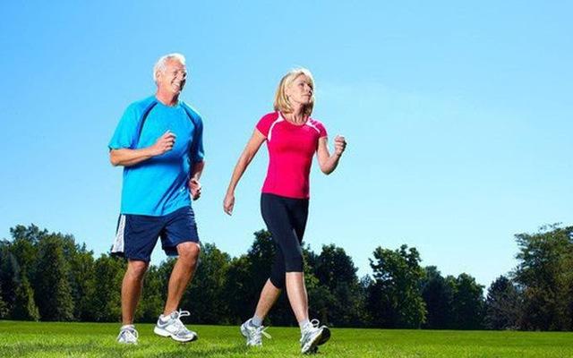 Trước tuổi 50, có 6 điều nhất định phải trở thành thói quen để tuổi già mạnh khỏe: Nửa đời sau vui khỏe hay chật vật vì bệnh tật đều do bạn quyết định - Ảnh 1.