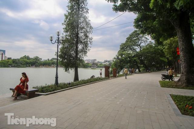 Diện mạo hồ Hoàn Kiếm sau 5 tháng chỉnh trang - Ảnh 5.
