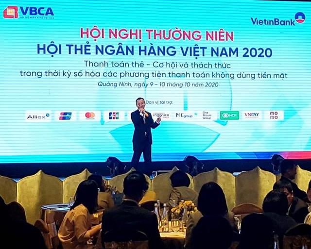 Thẻ ngân hàng Việt: Chuyển đổi để bắt kịp hội nhập - Ảnh 2.
