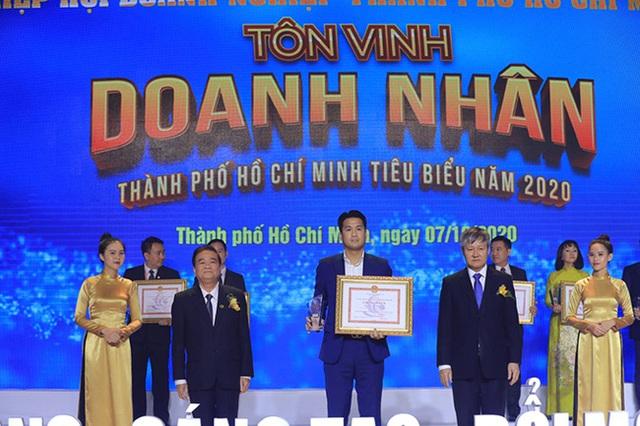 Rich kid Tiên Nguyễn mới 24 tuổi đã nhận danh hiệu Doanh nhân TP.HCM tiêu biểu 2020, xem những điều cô và công ty của gia đình đã làm suốt thời điểm dịch Covid-19 còn bất ngờ hơn! - Ảnh 2.