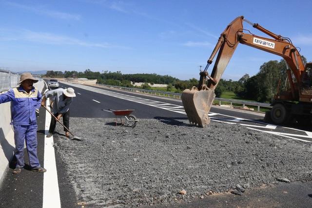 Bắt Phó tổng giám đốc Tổng Công ty đầu tư phát triển đường cao tốc Việt Nam  - Ảnh 2.