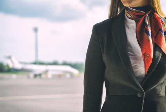 Vật lộn với chứng ngủ rũ mãn tính, gần 10 năm sau nữ tiếp viên hàng không mới tìm ra lối thoát cho mình - Ảnh 3.