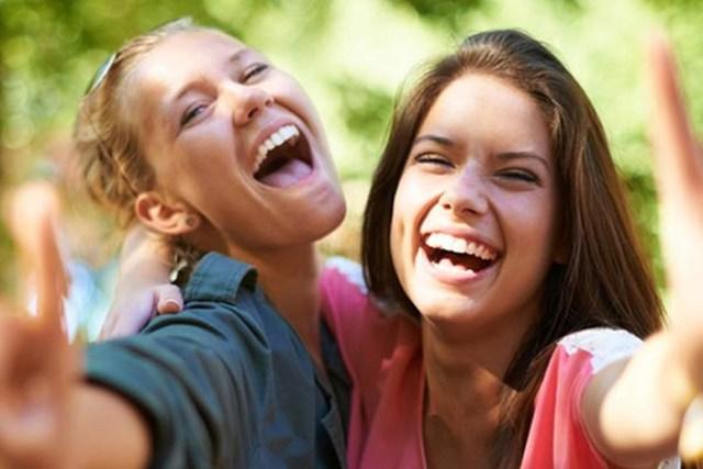 60% hạnh phúc của bạn phụ thuộc vào các yếu tố này: Tất cả đều không liên quan giàu hay nghèo! - Ảnh 1.