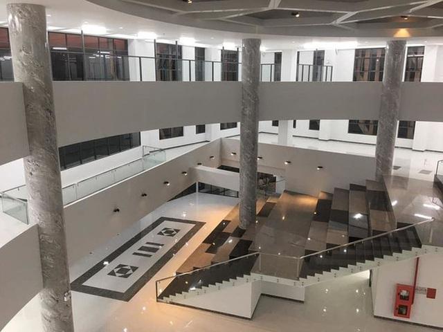 Trường đại học sang chảnh nhất miền Tây: Đầu tư hẳn một khu vực gần 60 nghìn tỷ đồng, sinh viên sốt rần rần thi nhau đến sống ảo - Ảnh 5.