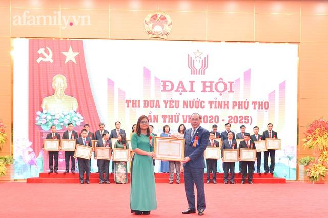 Cô giáo Mường có lớp học xuyên biên giới, lọt top 10 giáo viên xuất sắc toàn cầu, được nhận bằng khen của Thủ tướng Chính phủ - Ảnh 2.
