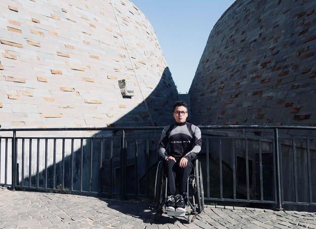 """Chàng trai đi phượt bằng xe lăn, chinh phục những con đèo hiểm trở nhất Việt Nam: """"Mất 10 năm định nghĩa hai từ """"tự do"""" bằng cách chưa ai từng làm!"""" - Ảnh 15."""