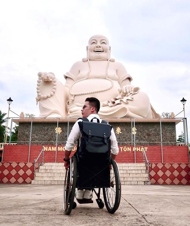 """Chàng trai đi phượt bằng xe lăn, chinh phục những con đèo hiểm trở nhất Việt Nam: """"Mất 10 năm định nghĩa hai từ """"tự do"""" bằng cách chưa ai từng làm!"""" - Ảnh 18."""