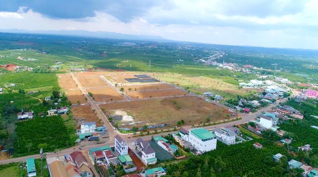 Phân lô đất nền tự phát gắn mác khu nghỉ dưỡng Lâm Đồng - Ảnh 2.