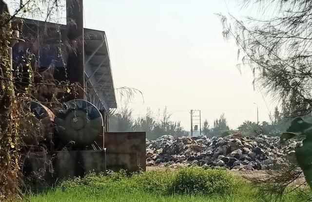 Dân kêu trời vì nhà máy xử lý rác thải tiền tỉ gây ô nhiễm - Ảnh 1.