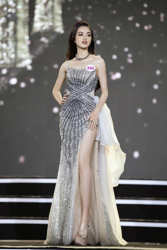 Những thí sinh có học vấn khủng, được dự đoán làm nên chuyện tại Hoa hậu Việt Nam: Toàn du học sinh, tiếng Anh đỉnh, IELTS chót vót - Ảnh 12.