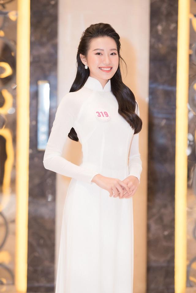 Những thí sinh có học vấn khủng, được dự đoán làm nên chuyện tại Hoa hậu Việt Nam: Toàn du học sinh, tiếng Anh đỉnh, IELTS chót vót - Ảnh 9.