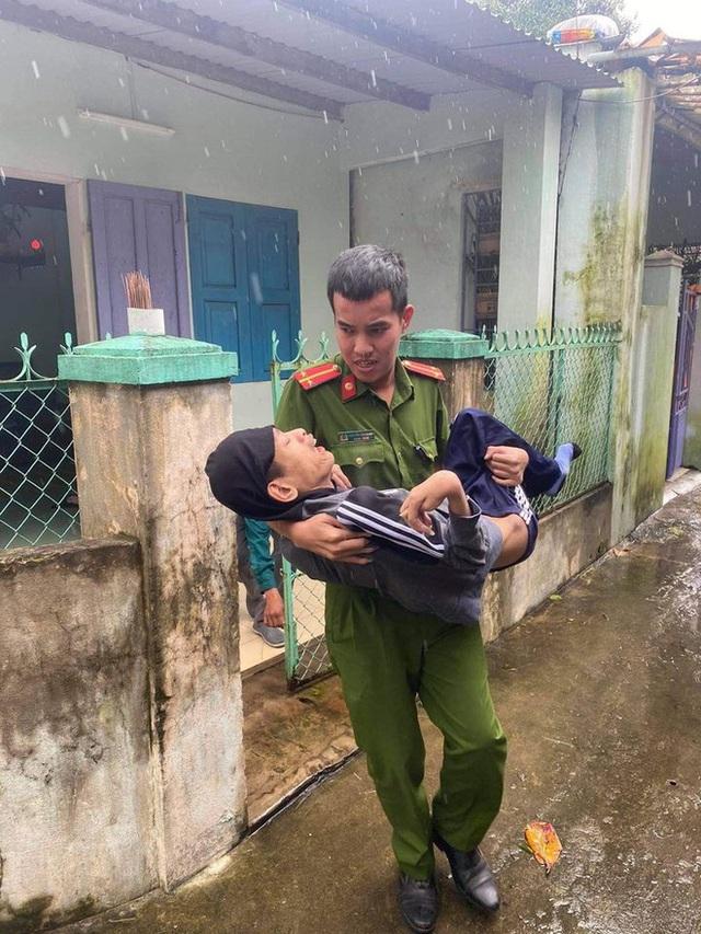 Đà Nẵng sơ tán hơn 92.000 người tránh bão số 13: 2 tháng mà phải chạy bão đến 3 lần, tôi lo mất cả Tết quá - Ảnh 10.