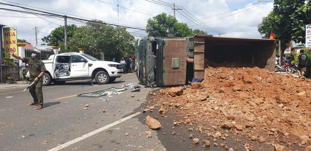 Tai nạn liên hoàn giữa xế hộp, xe ben và bán tải ở Bà Rịa - Vũng Tàu  - Ảnh 1.