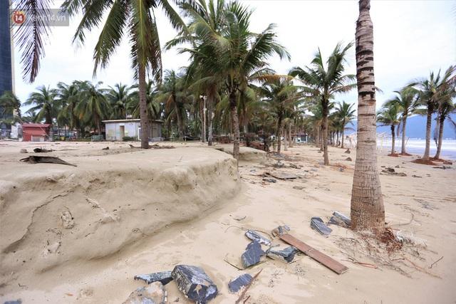 Ảnh: Cận cảnh bãi biển đẹp nhất hành tinh tan hoang, xơ xác sau bão số 13 - Ảnh 17.