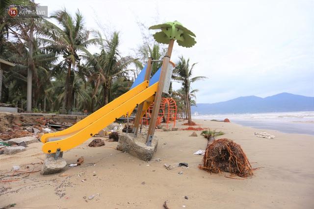 Ảnh: Cận cảnh bãi biển đẹp nhất hành tinh tan hoang, xơ xác sau bão số 13 - Ảnh 5.