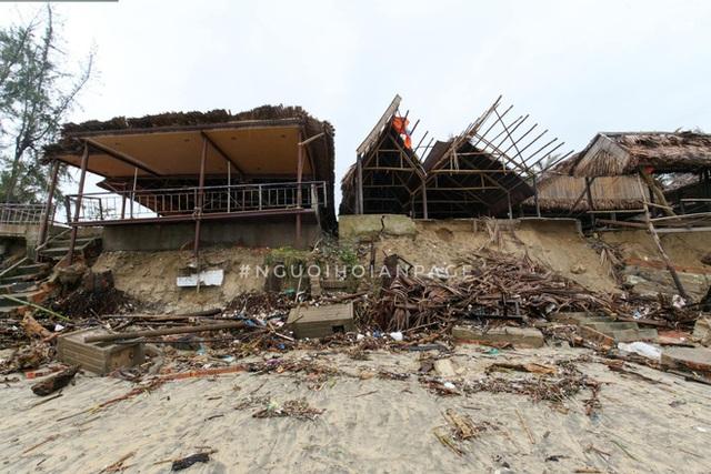 Biển An Bàng (Hội An) tan tác sau cơn bão số 13, du lịch ảnh hưởng nặng nề - Ảnh 8.