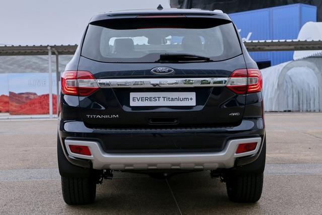 Ford Everest 2021 về Việt Nam cuối tháng 11: Đẹp hơn, nâng cấp để bám đuổi Hyundai Santa Fe và Toyota Fortuner - Ảnh 2.