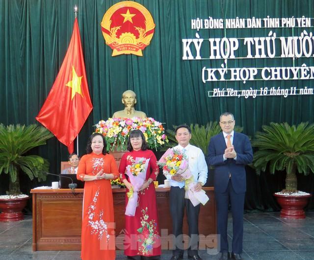 Cựu cán bộ đoàn 7X làm Chủ tịch HĐND và Chủ tịch UBND tỉnh Phú Yên - Ảnh 3.