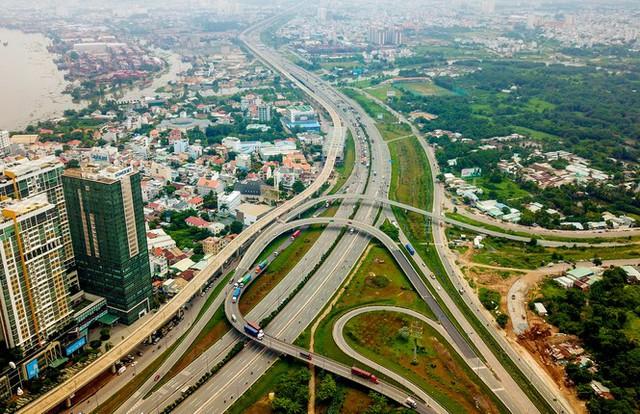 Chính quyền đô thị TPHCM khác Hà Nội, Đà Nẵng thế nào? - Ảnh 1.