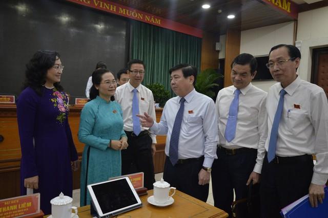 Chính quyền đô thị TPHCM khác Hà Nội, Đà Nẵng thế nào? - Ảnh 3.
