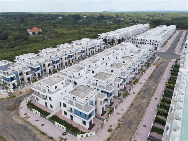 Toàn cảnh 680 biệt thự do LDG xây dựng khi chưa được giao đất tại Đồng Nai - Ảnh 3.
