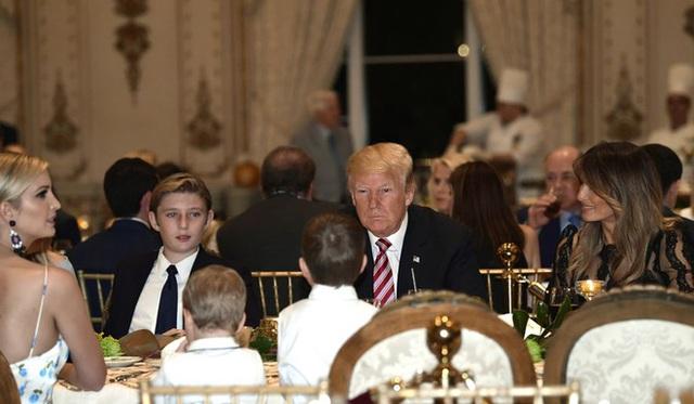 Khi các con lớn nhà ông Trump từng dính tin đồn bắt nạt em kế, quan hệ thật sự giữa Barron Trump với anh chị cùng cha khác mẹ ra sao? - Ảnh 6.