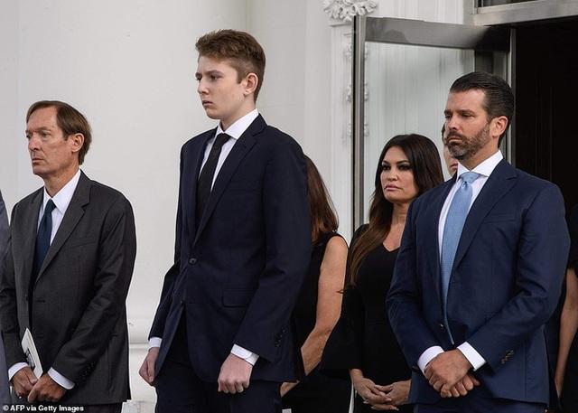 Khi các con lớn nhà ông Trump từng dính tin đồn bắt nạt em kế, quan hệ thật sự giữa Barron Trump với anh chị cùng cha khác mẹ ra sao? - Ảnh 9.