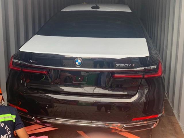 BMW 750Li 2020 đầu tiên về Việt Nam với nội thất siêu độc, dân tình đoán giá phải trên 10 tỷ đồng - Ảnh 2.
