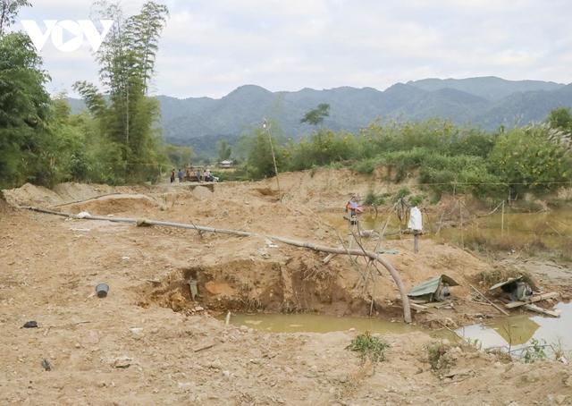 Nhức nhối tình trạng khai thác cát trái phép ở lòng chảo Mường Phăng  - Ảnh 1.