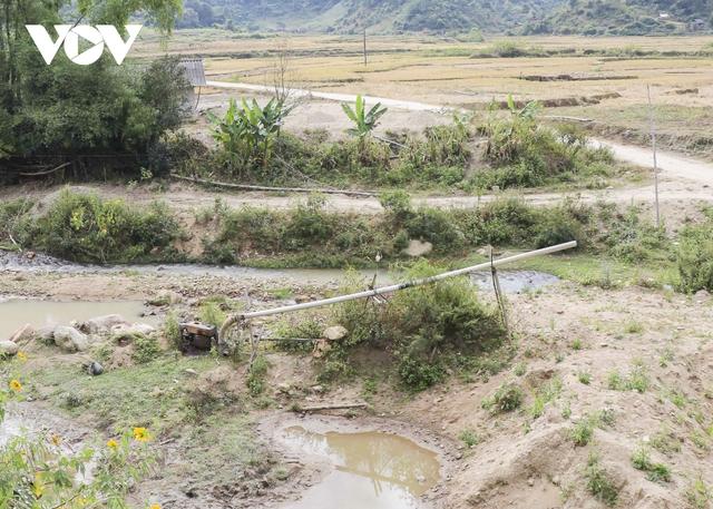 Nhức nhối tình trạng khai thác cát trái phép ở lòng chảo Mường Phăng  - Ảnh 13.