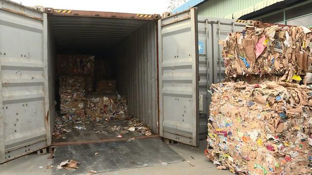 Hơn 1.500 container phế liệu nằm ăn vạ ở cảng Cát Lái nhiều năm - Ảnh 3.