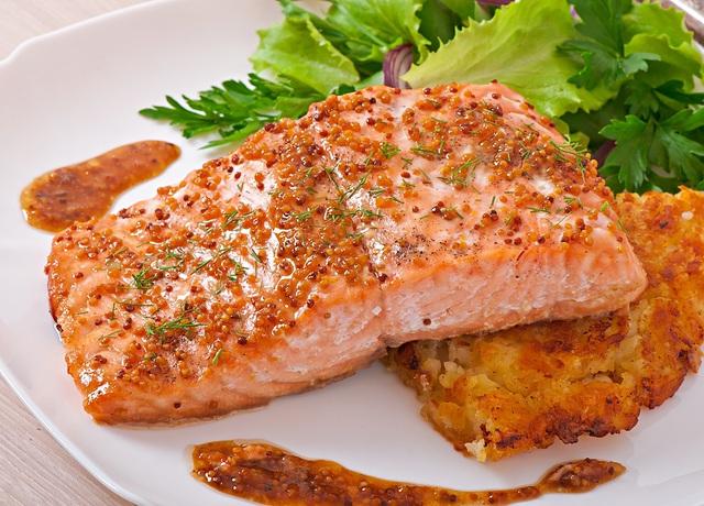Loại cá mà người Nhật ưa chuộng khiến họ liên tục được WHO xếp hạng sống thọ số 1 thế giới nhờ chế độ ăn, ở Việt Nam cũng có bán rất nhiều  - Ảnh 3.