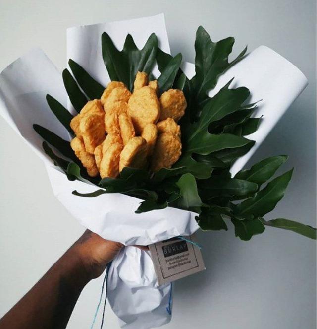 Bó hoa độc đáo làm từ cá hồi và rong biển trị giá 1,4 triệu đồng - Ảnh 7.