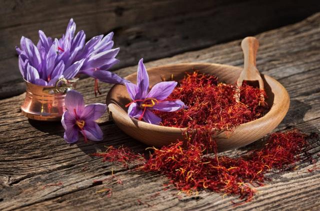 Nhà giàu Việt săn lùng nhụy hoa giá 450 triệu đồng/kg, chuyên gia chỉ rõ: Sẵn trong các thuốc rẻ tiền dễ kiếm! - Ảnh 7.
