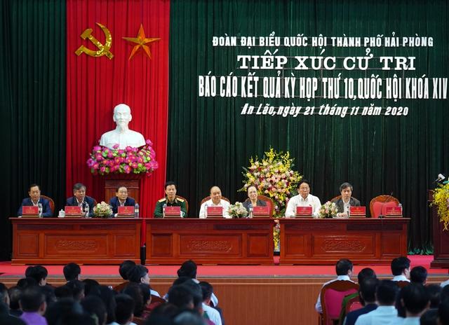 CHÙM ẢNH: Thủ tướng tiếp xúc cử tri TP. Hải Phòng - Ảnh 3.