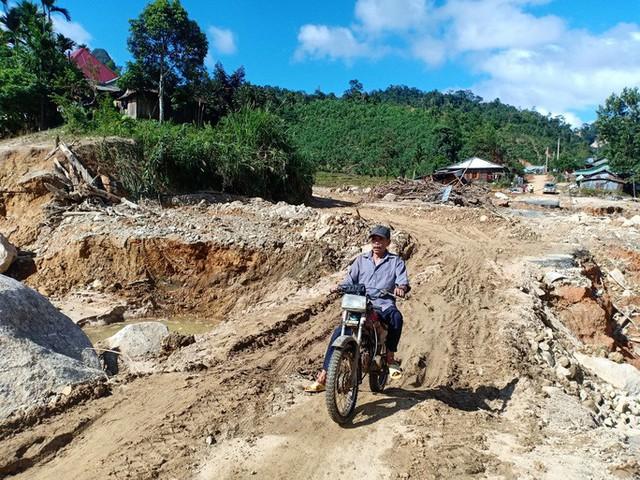 CLIP: Kinh hoàng cảnh tượng tan hoang tại Phước Thành sau 3 tuần cô lập - Ảnh 12.