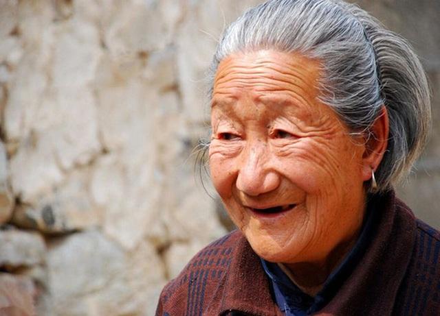 Lá gan và mạch máu của cụ bà 118 tuổi khỏe mạnh như người 40 tuổi, bí quyết dưỡng gan và sống thọ rất đơn giản - Ảnh 1.