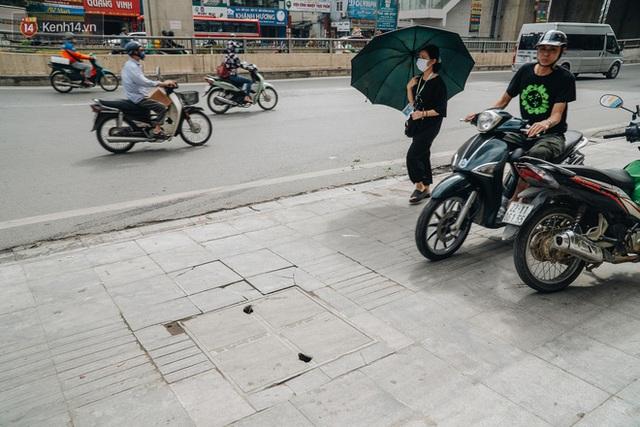 Nhiều tuyến phố Hà Nội lát đá thương hiệu 70 năm đã hư hỏng nghiêm trọng: KTS chỉ ra 4 nguyên nhân chính - Ảnh 6.
