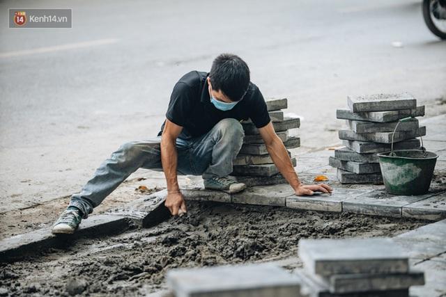 Nhiều tuyến phố Hà Nội lát đá thương hiệu 70 năm đã hư hỏng nghiêm trọng: KTS chỉ ra 4 nguyên nhân chính - Ảnh 10.