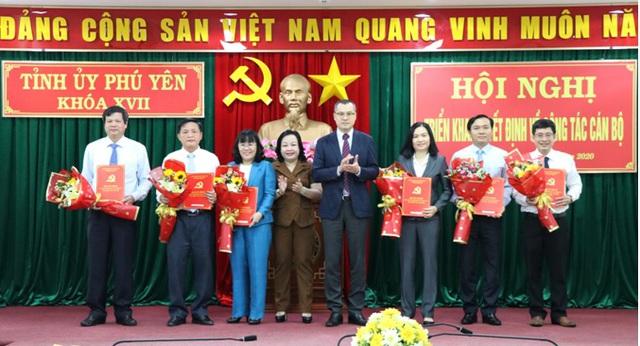 Phú Yên điều động, bổ nhiệm hàng loạt lãnh đạo chủ chốt - Ảnh 1.