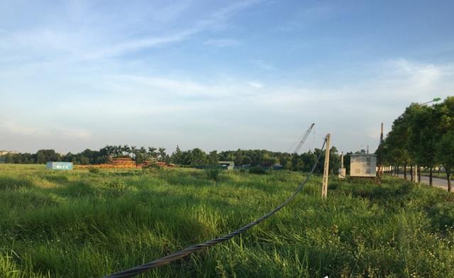 Sau hơn 10 năm bỏ hoang, Dự án Hado Dragon City bất ngờ đổi tên thành Hado Charm Villas rầm rộ nhận đặt chỗ - Ảnh 2.