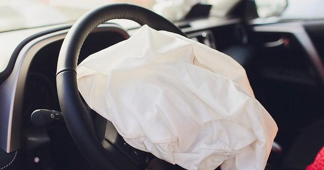 GM triệu hồi 7 triệu ôtô do lỗi túi khí trên toàn cầu - Ảnh 1.