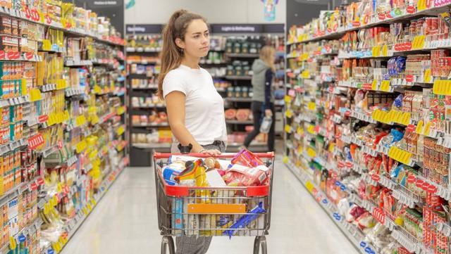 [Góc lành mạnh] Bác sĩ tiết lộ 3 mẹo nhỏ khi đi mua sắm có thể thay đổi cuộc sống của bạn - Ảnh 1.