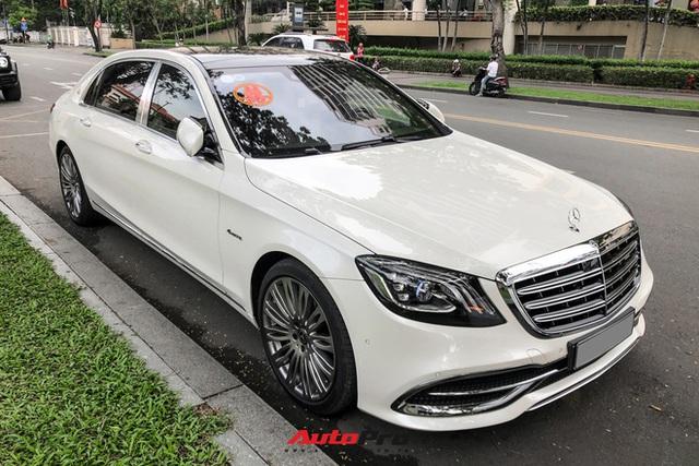 HOT: Loạt xe khủng đưa dâu trong đám hỏi Phan Thành, chú rể cầm lái Rolls-Royce Wraith 34 tỷ đồng - Ảnh 11.